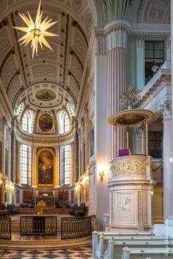 Nikoleikirche von innen