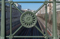 Die Sonne als Wahrzeichen der Wiener Stadtbahn